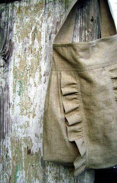 DIY Women's Clothing : adorable burlap tote  https://diypick.com/fashion/diy-clothes/diy-womens-clothing-adorable-burlap-tote/