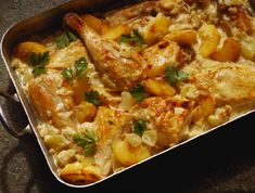 Smothered chicken recipe with creamed spinach Smothered Chicken, Spinach Stuffed Chicken, Baked Chicken, Chicken Recipes, Apple Chicken, Creamed Chicken, Corn Chicken, Peach Chicken, Crock Pot Recipes