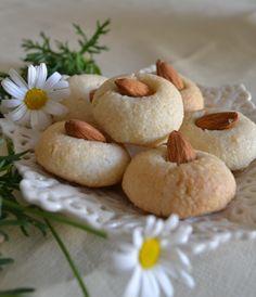 pasticcini alla mandorla sicilini