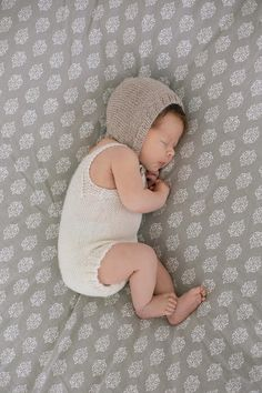 Knitted baby onesie Knitted baby clothes Baby romper Baby