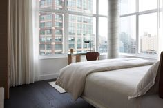 View the photo gallery of The James Hotel New York SoHo, one of the top luxury hotels in NYC, located in the SoHo District of Manhattan. Soho Hotel, New York Soho, Nyc Hotels, New York Hotels, Best Hotels, Luxury Hotels, Luxury Travel, Bangkok, 1 Bedroom Apartment