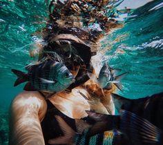 Imagen de fish, girl, and summer