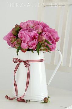 IKEA Vase und frische Blumen <3