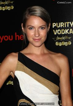 Laura Ramsey Los Angeles premiere of 'Are You Here' at the ArcLight Hollywood http://icelebz.com/events/los_angeles_premiere_of_are_you_here_at_the_arclight_hollywood/photo6.html