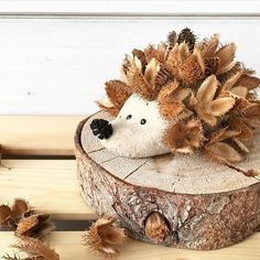 All Details You Need to Know About Home Decoration - Modern Autumn Crafts, Nature Crafts, Crafty Projects, Projects To Try, Diy And Crafts, Crafts For Kids, Salt Dough, Leaf Art, Diy For Kids
