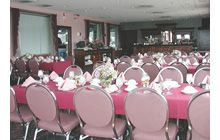 Your special event deserves special attention. Let The Inn at Bay Pointe and its professional staff help make your event a memorable one in a spectacular setting. You'll appreciate our attention to detail, and our quality service and catering. Our function facility is perfect for groups of up to 80 people.