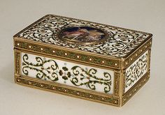 Snuffbox  Maker: Adrien Jean Maximilien Vachette (French, Cauffry 1753–1839 Paris) Date: 1789–90 Culture: French, Paris
