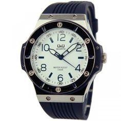 Q&Q (citizen)heren horloge met quartz uurwerk en donkerblauw rubberen band. www.thebrickhouse.nl