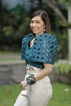 Filipino Fashion, Asian Fashion, Modern Filipiniana Dress, Debut Gowns, Philippines Fashion, Coats For Women, Clothes For Women, Mod Dress, Classy Dress