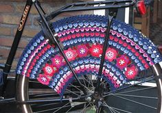 Pretty, but wouldn't be durable enough to keep pretty through the winter.