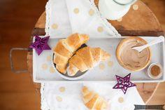 Geschenkidee: Selbstgemachte Schokoladendrops für heiße Schokolade Rezept für herbstliche Birnen-Mandel-Tartelettes - Gastbeitrag Seid ihr noch da? Ich weiß, hier auf meinem Blog ist es in den vergangenen Monaten leider ganz... Mehr Lesen >