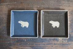 シロクマ柄の四角小皿(紺) - 作り手:田中遼馬