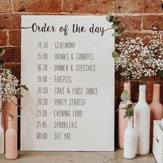 Hand painted wooden sign to tell your guests what to expect from your big day! The wooden board is strong and sturdy in any setting, ideal for propping up at your venue for a relaxed feel, or displaying on an easel! When ordering, drop me a note with your own timings of the day.
