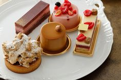 AVRANCHES GUESNAY(アヴランシュ・ゲネー) Strawberry Slice, Waffles, Pudding, Breakfast, Cake, Desserts, Food, Morning Coffee, Tailgate Desserts