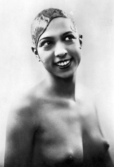 Josephine Baker, a famous beauty of her time  (6/3/1906)-(4/12/1975)