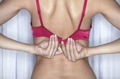 13 октября мир отмечал День без бюстгальтера. И это не смешно, а важно, поскольку, в этот день проводятся мероприятия, направленные на повышение осведомленности о раке молочной железы - онкологическом заболевании, наиболее часто диагностируемом у женщин, а также проводится сбор денежных средств для проведения новых исследований по этой теме.