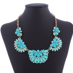Delicate Alloy Resin Flower Design Women Collar Jewelry Necklace Four Colors Choose