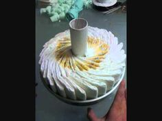 How To Make Diaper Cakes, Baby shower gift ideas, Nappy cakes, Baby shower cakes, tutorial for diaper cakes Regalo Baby Shower, Fiesta Baby Shower, Baby Shower Diapers, Baby Shower Cakes, Baby Shower Parties, Baby Boy Shower, Baby Shower Gifts, Baby Showers, Diaper Shower