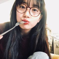 Suzy Bae With Glasses 2018 K Pop, Korean Girl, Asian Girl, Asian Woman, Miss A Suzy, Soo Jin, Instyle Magazine, Cosmopolitan Magazine, Wattpad