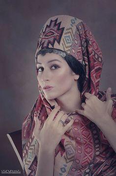 Տարազ- Armenian National Clothing - Taraz Foto Atelier Marshalyan - Yerevan Armenia