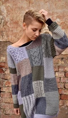 This would be a great scrap using project. Would require a bit of work to adapt . - This would be a great scrap using project. Would require a bit of work to adapt to basic knitting pattern? Source by songtothemoon - Knitting Patterns Free, Knit Patterns, Hand Knitting, Knitting Sweaters, Knit Fashion, Pulls, Knitting Projects, Knit Dress, Knitwear