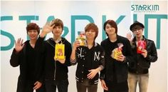LEDApple give their White Day greetings F4 Members, Led Apple, Jerry Yan, Jung Jaewon, Seo Kang Joon, Military Academy, White Day, Btob, Looking Up