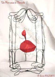 Cage en fil de fer Gloriette à la Fée par UnRiresouslaTonnelle, €143,00 © Sonia FIQUET