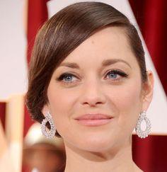 10 famosas en los Oscars. Maquillaje de noche para brillar: Marion Cotillard