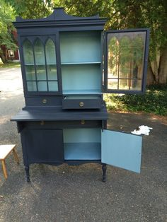 Annie Sloan Chalk Paint: Graphite and Duck Egg