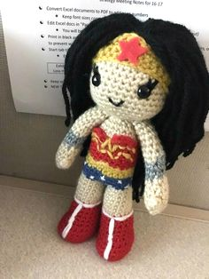 Amigurumi Wonder Woman : Wonder woman, Tiaras and Lumpy space princess on Pinterest
