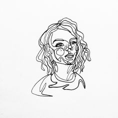 Continuous line drawing of @nomi.the.kitty