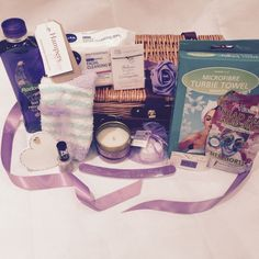 This pamper hamper features some lovely items to help relax and de-stress. We can adapt this gift if you would like something with less items in for a lower or higher budget. Please contact us to discuss your requirements. Pamper Hamper Contents  Picnic style whicker basket hamper x1 Pair of soft fluffy ladies socks (one size) x1 Royal Bouquet Lilac