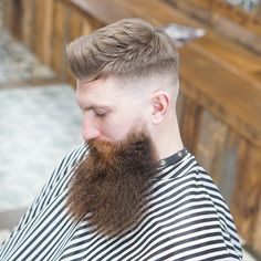 Here's how to add the beard fade to all lengths of facial hair. This cool look works with short and long haircuts as well as short and long beards. Types Of Fade Haircut, Low Fade Haircut, Epic Beard, Full Beard, Fade Styles, Short Hair Styles, Beard Line, Beard Maintenance, Mid Fade
