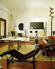 LC-4 chaise loungeFrom Interiors for Today, 1974, by Franco Magnani