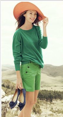 love the emerald, peach and navy combo and the cute buttons on the shorts.
