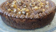 Snickersostekake – Easy breezy glutenfri Roy Fares, Frosting, Pie, Baking, Easy, Desserts, Recipes, Food, Alternative