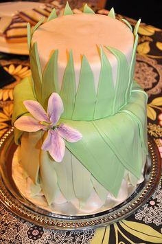 Pricess Tiana cake. This would look cute with a fondant frog up top. .(PF)