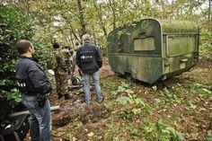 Leden van een Advanced Search Team en de politie tijdens een zoektocht. Foto: Ministerie van Defensie