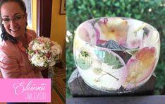 A nagy virágszirmok különösen jól mutatnak a széles karperecben. Serving Bowls, Tableware, Dinnerware, Bowls, Tablewares, Place Settings, Mixing Bowls, Porcelain Ceramics