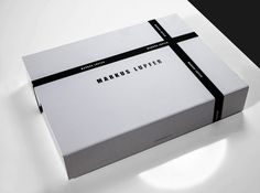Clamshell E-Commerce Luxury Retail Box Range > Progress Packaging