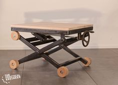 How to make a metal and wood scissor lift side table – woodworking & metal working – Top Mode ON Woodworking Workbench, Woodworking Furniture, Woodworking Projects, Lift Table, Building A Container Home, Sit Stand Desk, Adjustable Desk, Homemade Tools, Wood Tools