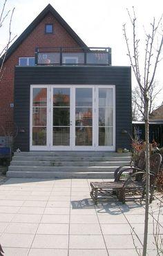 Terrasse i niveau med jorden Facade, Windows, Villa, Architecture, Building, Garden, Outdoor Decor, House, Inspiration
