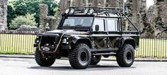 Si quieres sentirte como un villano Bond, ¡compra este Land Rover Defender modificado!. Foto 1 de 16.