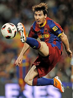 Lionel Messi was named one of Time's 100 most influential people. I just love Messi! Fc Barcelona, Barcelona Soccer, Cr7 Vs Messi, Neymar, Messi 10, Soccer Tips, Football Soccer, Soccer Skills, Nike Soccer