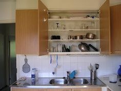 I want this: Concealed Dish-Draining Cupboard