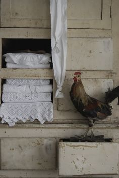 Linens with a chicken
