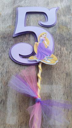 Rapunzel torta fiesta de cumpleaños centro de por SilviasPartyDecor