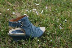 Earthies- We love these!   http://www.facebook.com/bdavisshoes?ref=tn_tnmn