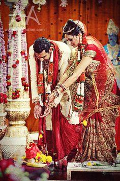 Shri Laxmi Narayan Mandir Riverside Indian Hindu Wedding Ceremony – Priya