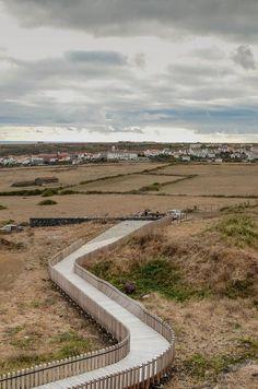 Acondicionamiento paisajístico de la Pedreira do Campo por M-Arquitecto. Fotografía © Artur Silva.